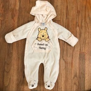 Disney baby unisex snowsuit sz 0/3 month